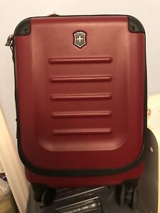 Victorinox Swiss army Red Spectra Carry on expandable