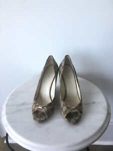 Gucci open toe wedges. Size 7.5