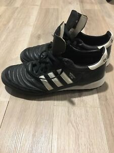 Adidas Mundial indoor soccer shoes - size 11