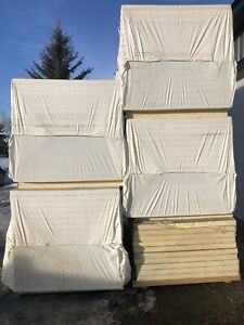 """2.5"""" thick 4'x8' foam board insulation sold pending pick up"""