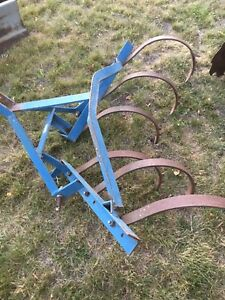 6 shank cultivator  Category 1 3pt hitch