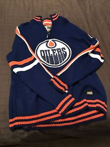 Oilers sweater large