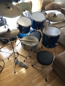 Wesbury 5 piece kit with Sabian cymbals $350 obo