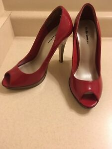 Sexy red patent leather high heels size 7.5