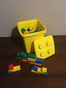 Traditional Duplo Box with 100 Pcs