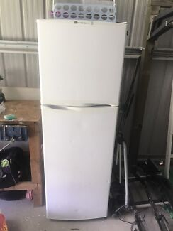 LG fridge/freezer