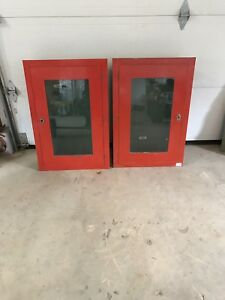 Armoire encastrée vitrées