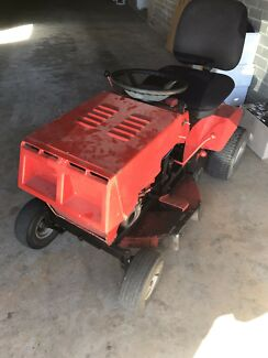 Wanted: Greenfield 11hp  ride on mower