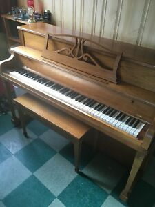 WILLIS & CO. LIMITED -Piano-