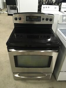 Mint convention oven GE stainless steel stove