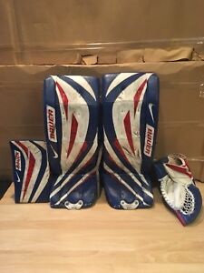Bauer ONE75 goal pads and matching gloves