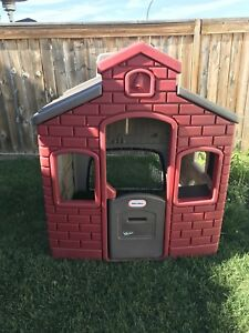 Huge Little tikes playhouse