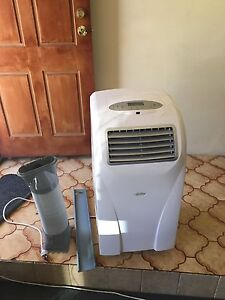 Exelent air con for sale South Lake Cockburn Area Preview