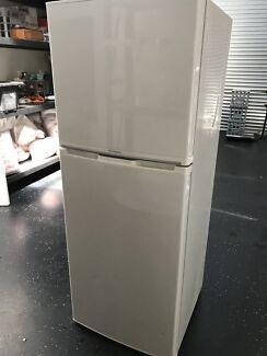Westinghouse Fridge Freezer 310L