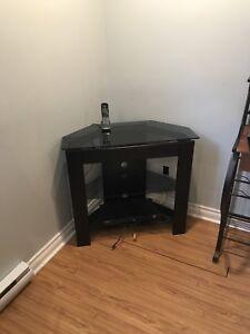 Meuble de télé en coin