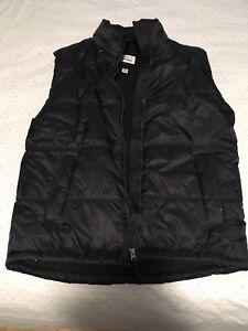Men's large Roots vest