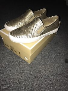 Michael Kors shoes size 7 new with box