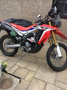 Selling my 2017 Honda CRF 250r rally edition duel sport