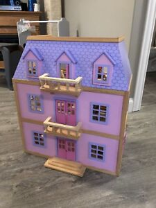 Melissa and Doug Playhouse