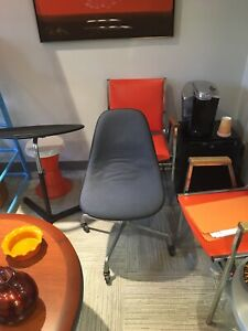 Authentic Eames Herman Miller Shell Chair on cadtors