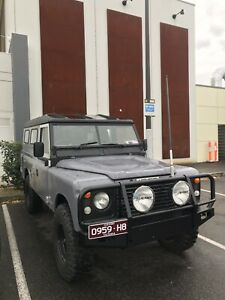 Land Rover Series 3 Defender