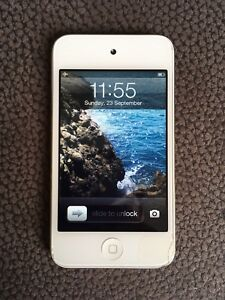 iPod touch 32GB - 4th generation