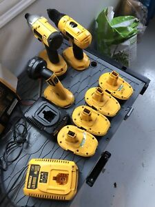 18 v dewalt impact and drill with 4 xrp batteries