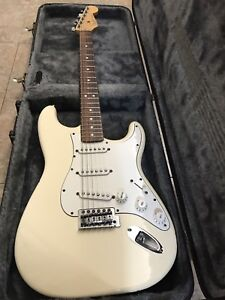 Fender Stratocaster MIM (1998) with hardcase