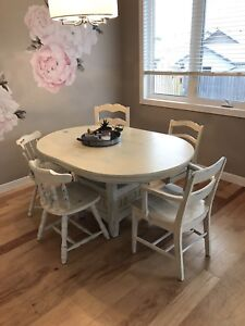 Beautiful distressed farm table and chairs
