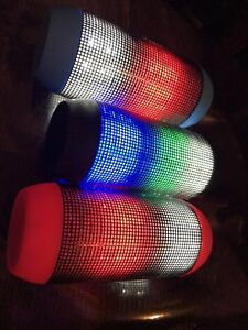 Wireless Bluetooth colour changing speaker