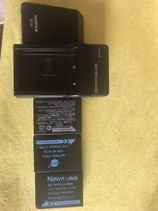 Fujifilm mirrorless battery, charger and flash