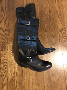 Real leather boots never worn