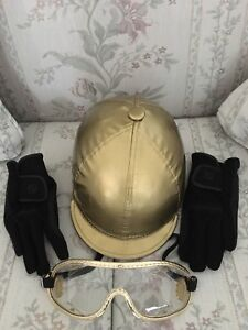Equiwin Helmet, helmet cover, goggles and riding gloves