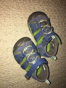 Keen size 6 toddler