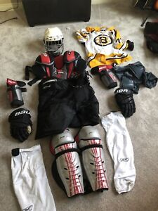 Full set of adult hockey gear