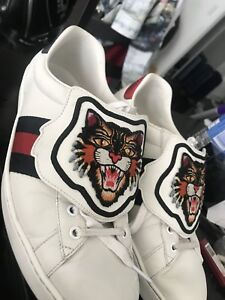 Gucci sneaker with removable tiger top