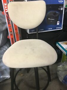 2 Kitchen counter height stools