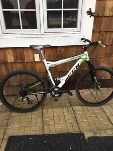 Like New CCM APEX Full Suspension Mountain Bike