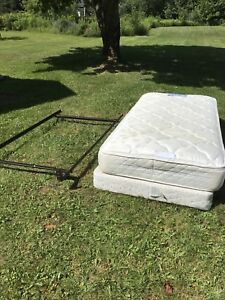 Beds/box springs for sale