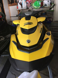 2009 Seadoo RXT IS 255HP! Super low hours! Mint condition!