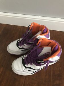 Basketball Shoes—size US 6
