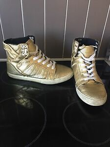 Men's US 9 gold SUPRA shoes Brassall Ipswich City Preview