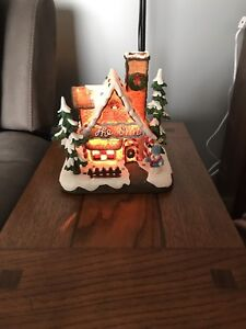 Village town collectable gingerbread house