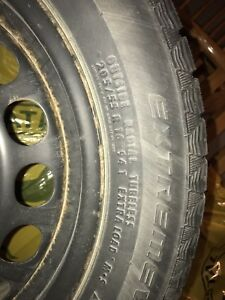 Continental winter tires in great condition 205/55 R16