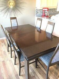 Kitchen table and chairs, dining room set