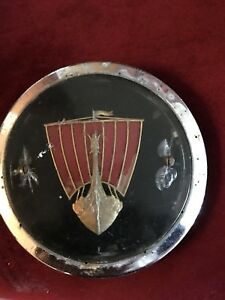 VINTAGE CAR ORNAMENT - ROVER VIKING - BADGE
