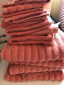 Towel set - coral with white stripes