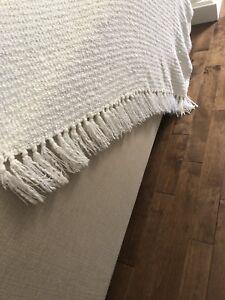 Beautiful blanket/throw
