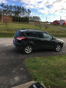 2014 Ford Escape eco boost four wheel drive