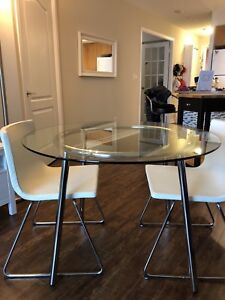 dining table and 2 leather chair